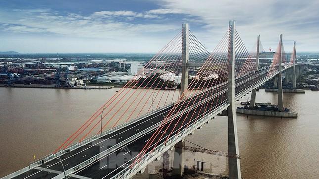 Ngắm cây cầu được ví là đòn bẩy phát triển kinh tế Quảng Ninh ảnh 5