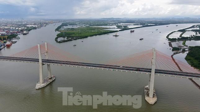 Ngắm cây cầu được ví là đòn bẩy phát triển kinh tế Quảng Ninh ảnh 6