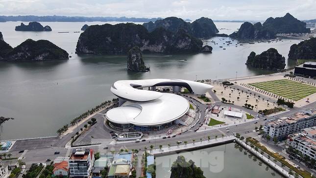 Cung quy hoạch, hội chợ, triển lãm Quảng Ninh - Công trình độc đáo nhất tỉnh ảnh 5