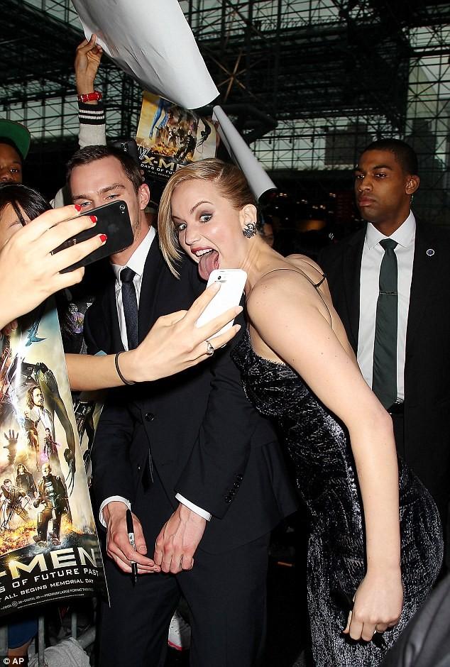 Phạm Băng Băng, Jennifer Lawrence lộng lẫy dự lễ ra mắt phim ảnh 3