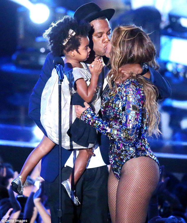 Beyonce bị tố lợi dụng tin đồn ly hôn để bán vé show ảnh 2