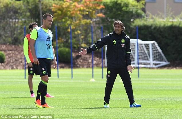 HLV Conte 'thổi lửa' cho Chelsea ngay ngày ra mắt ảnh 2