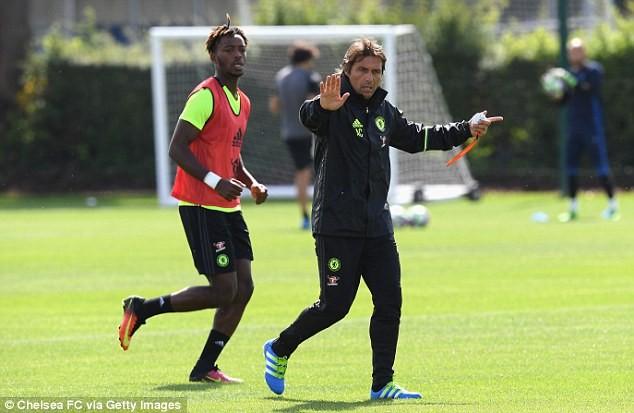 HLV Conte 'thổi lửa' cho Chelsea ngay ngày ra mắt ảnh 4