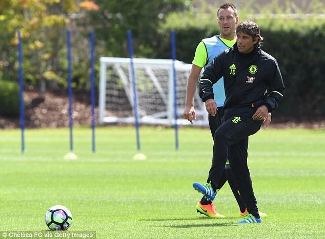 HLV Conte 'thổi lửa' cho Chelsea ngay ngày ra mắt ảnh 5
