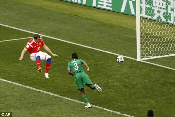 Nga thắng Saudi Arabia '5 sao' ở trận khai mạc World Cup ảnh 30