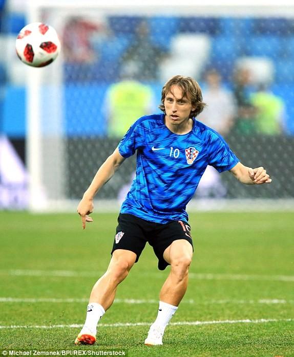 Croatia vào tứ kết sau trận thắng 'vỡ tim' trên chấm 11m ảnh 8