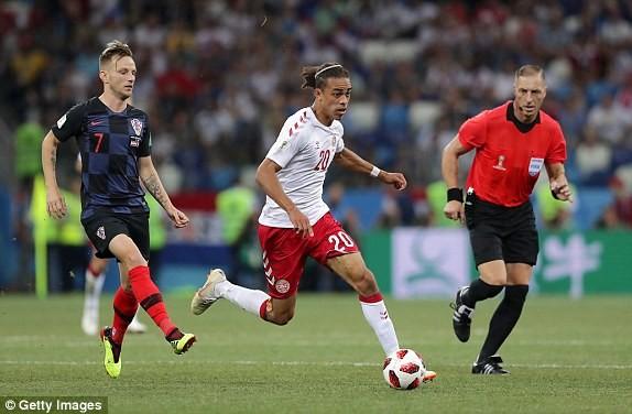 Croatia vào tứ kết sau trận thắng 'vỡ tim' trên chấm 11m ảnh 20