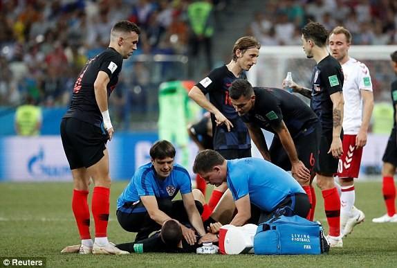 Croatia vào tứ kết sau trận thắng 'vỡ tim' trên chấm 11m ảnh 23