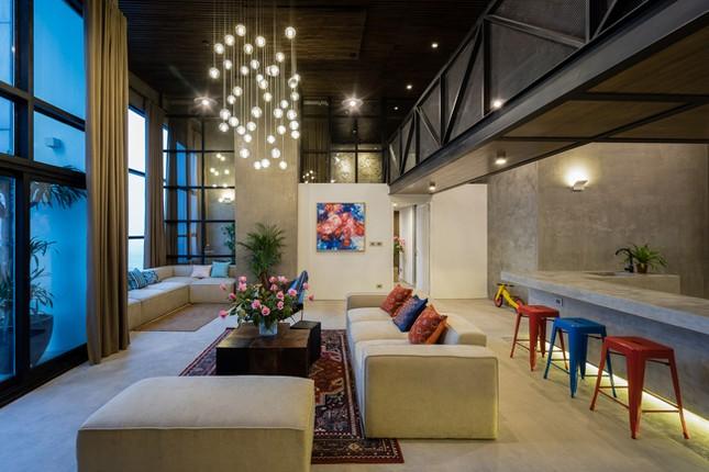 Căn hộ 2 tầng đẹp miễn chê trong tòa nhà cao nhất Việt Nam ảnh 2