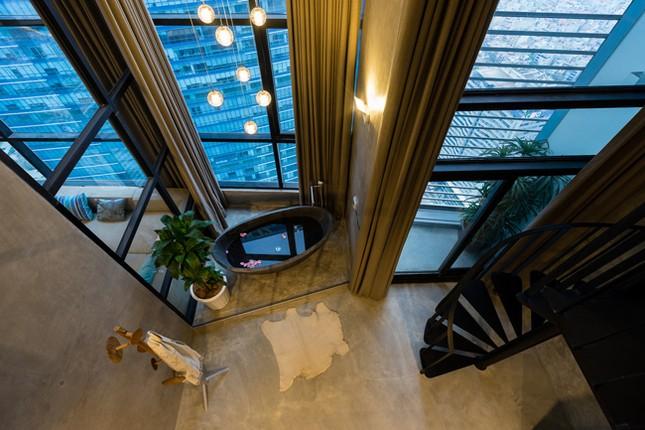 Căn hộ 2 tầng đẹp miễn chê trong tòa nhà cao nhất Việt Nam ảnh 3