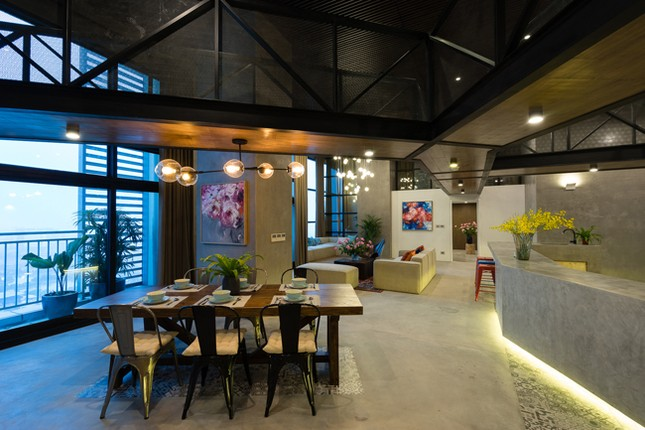 Căn hộ 2 tầng đẹp miễn chê trong tòa nhà cao nhất Việt Nam ảnh 9