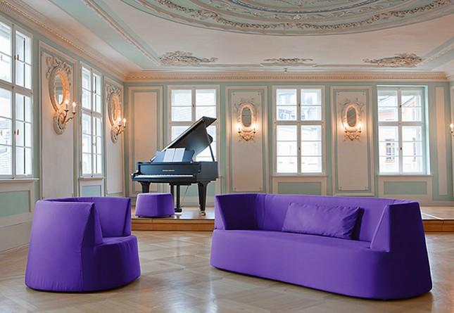 Ngôi nhà mơ mộng với đồ nội thất màu tím ảnh 5