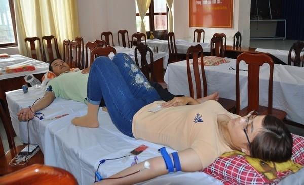 Nhiều tấm gương đẹp ở ngày hội hiến máu Kiên Giang ảnh 3