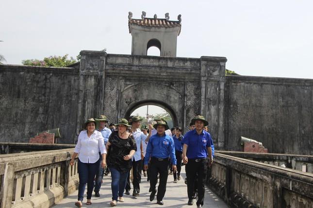 Đoàn đại biểu cấp cao T.Ư Đoàn TNCS Cuba thăm Quảng Trị ảnh 8