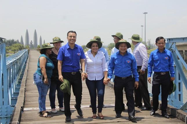 Đoàn đại biểu cấp cao T.Ư Đoàn TNCS Cuba thăm Quảng Trị ảnh 17