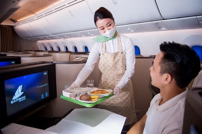 Bamboo Airways khôi phục tiêu chuẩn dịch vụ bay định hướng 5 sao từ 1/7 ảnh 1