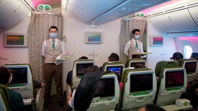 Bamboo Airways khôi phục tiêu chuẩn dịch vụ bay định hướng 5 sao từ 1/7 ảnh 3