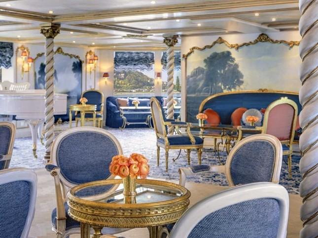 Bên trong siêu du thuyền xa xỉ như cung điện Hoàng gia ảnh 3