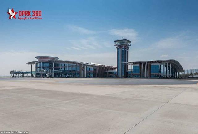 Sân bay 200 triệu đô từng là căn cứ quân sự của Triều Tiên ảnh 11