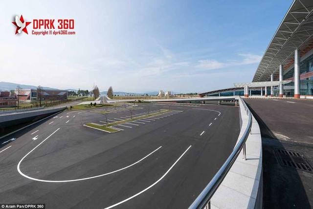 Sân bay 200 triệu đô từng là căn cứ quân sự của Triều Tiên ảnh 12