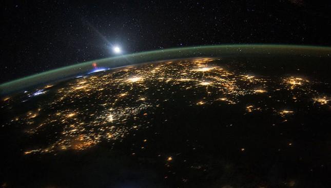 NASA công bố 15 hình ảnh ấn tượng nhất về trái đất năm 2015 ảnh 13