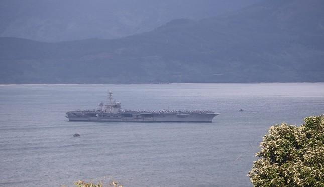 Hôm nay 'đại bàng vàng' USS Carl Vinson của Hạm đội 7 Mỹ rời Đà Nẵng ảnh 3
