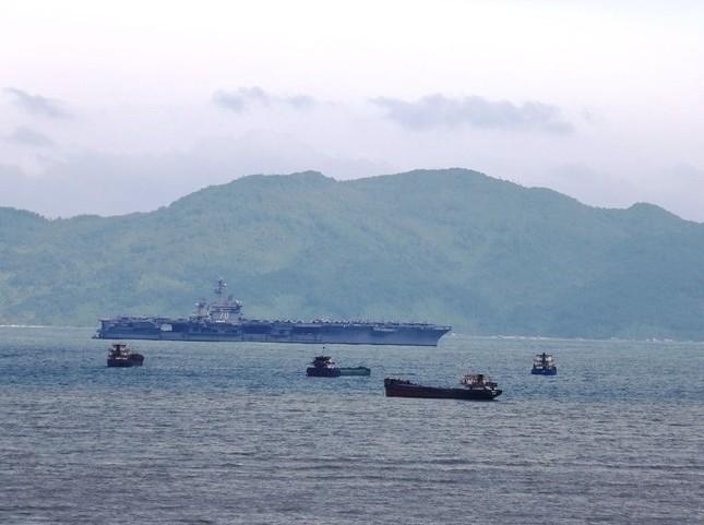 Hôm nay 'đại bàng vàng' USS Carl Vinson của Hạm đội 7 Mỹ rời Đà Nẵng ảnh 7