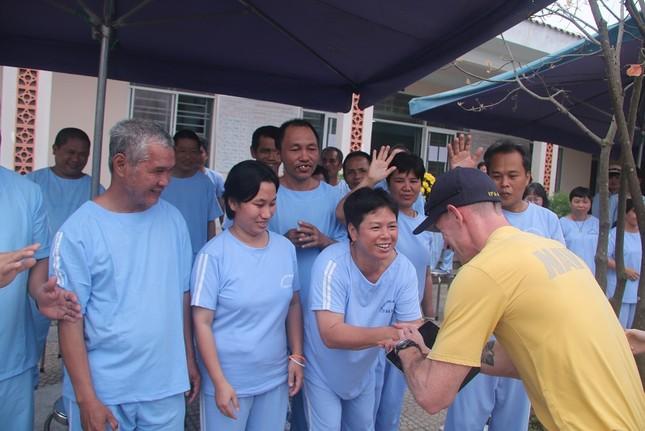 Năm ngày khó quên của thuỷ thủ tàu sân bay Carl Vinson Mỹ tại Đà Nẵng ảnh 10