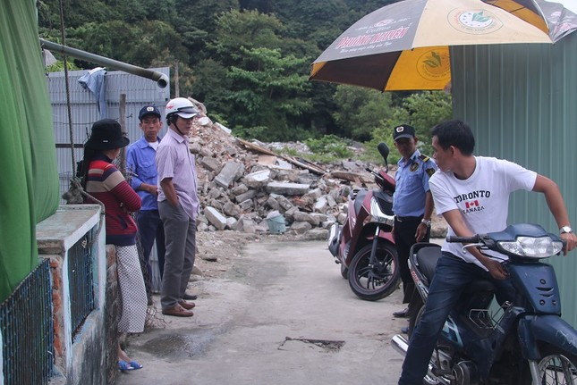 Đà Nẵng: Dân phản đối vì dự án resort chặn lối xuống biển ảnh 6