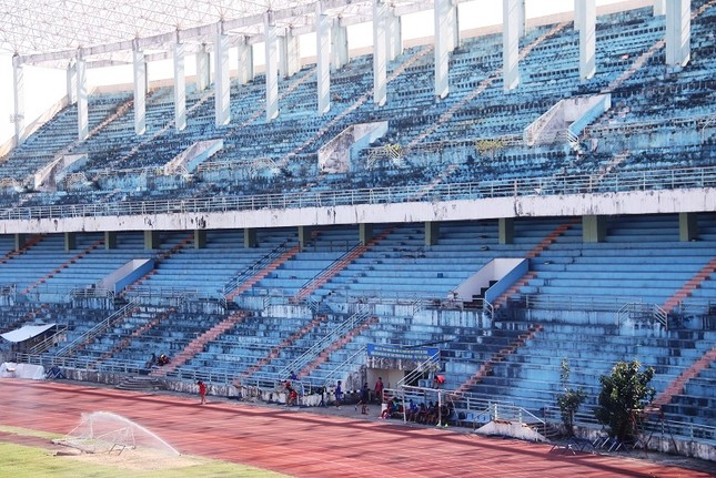 Bị bán 1.400 tỷ đồng, sân vận động Chi Lăng giờ ra sao? ảnh 9