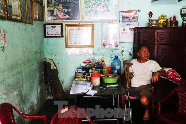 """Cận cảnh những khu tập thể """"ổ chuột"""", nguy cơ đổ sập ở trung tâm Đà Nẵng ảnh 11"""
