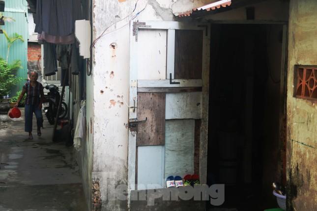 """Cận cảnh những khu tập thể """"ổ chuột"""", nguy cơ đổ sập ở trung tâm Đà Nẵng ảnh 12"""