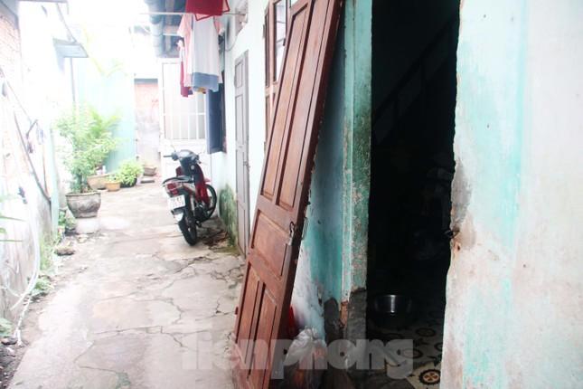 """Cận cảnh những khu tập thể """"ổ chuột"""", nguy cơ đổ sập ở trung tâm Đà Nẵng ảnh 13"""