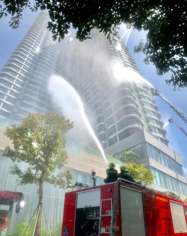 Trực thăng và 1.000 người tham gia diễn tập chữa cháy, cứu nạn, cứu hộ quy mô ảnh 1