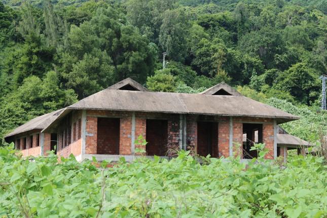 Cận cảnh những dự án 'băm nát' bán đảo Sơn Trà bị bỏ hoang ảnh 8