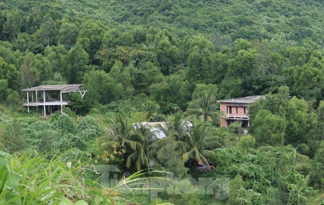Cận cảnh những dự án 'băm nát' bán đảo Sơn Trà bị bỏ hoang ảnh 10