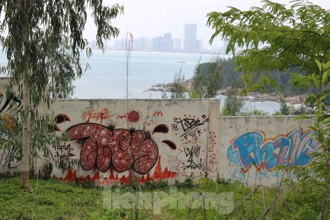 Cận cảnh những dự án 'băm nát' bán đảo Sơn Trà bị bỏ hoang ảnh 14