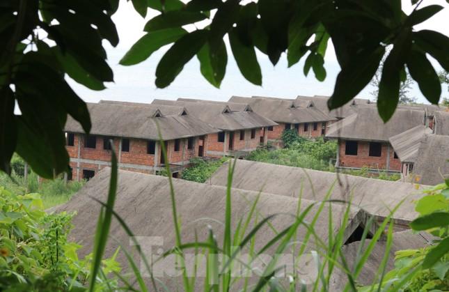 Cận cảnh những dự án 'băm nát' bán đảo Sơn Trà bị bỏ hoang ảnh 4