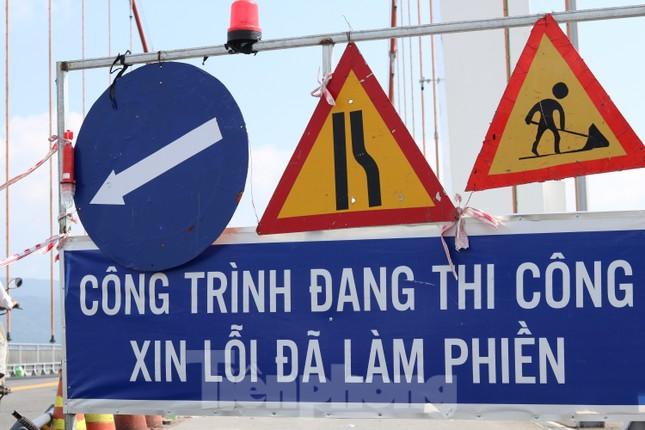 Cận cảnh cầu dây võng 1.000 tỷ dài nhất Việt Nam phải thay mặt đường. ảnh 10