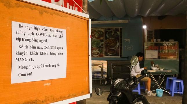 Hàng loạt cửa hàng, quán xá ở Đà Nẵng đóng cửa thực hiện 'lệnh giới nghiêm' ảnh 4