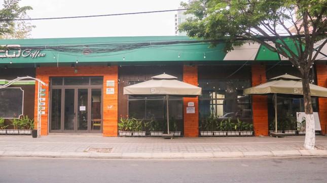 Hàng loạt cửa hàng, quán xá ở Đà Nẵng đóng cửa thực hiện 'lệnh giới nghiêm' ảnh 6