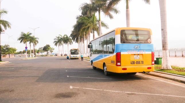 Hàng loạt cửa hàng, quán xá ở Đà Nẵng đóng cửa thực hiện 'lệnh giới nghiêm' ảnh 9