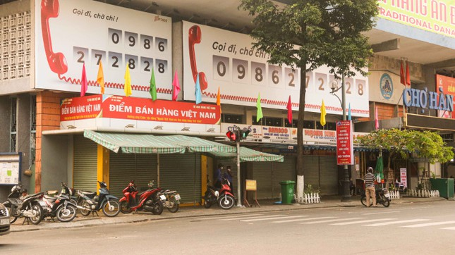 Hàng loạt cửa hàng, quán xá ở Đà Nẵng đóng cửa thực hiện 'lệnh giới nghiêm' ảnh 5