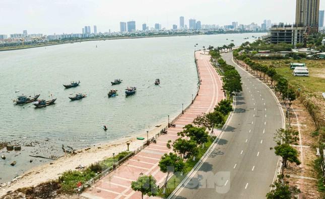 Cảnh 'vắng lặng như tờ' trong ngày Đà Nẵng tròn 45 năm giải phóng thành phố ảnh 12