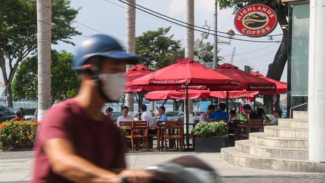 Nhịp sống Đà Nẵng sôi động trở lại sau nới lỏng giãn cách xã hội ảnh 7