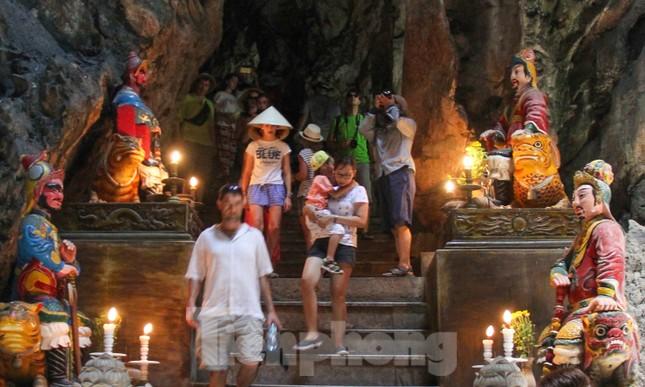 Ngắm danh thắng hoang sơ Ngũ Hành Sơn vắng khách dù miễn phí tham quan ảnh 21