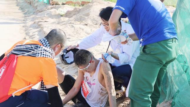 Tiền Phong Marathon 2020: Chạy dưới bóng cờ Tổ quốc ảnh 13