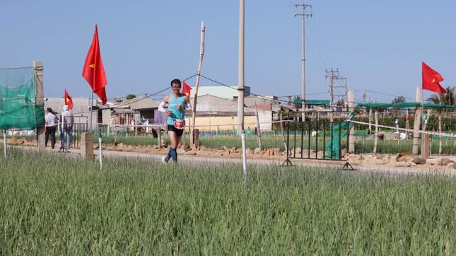 Tiền Phong Marathon 2020: Chạy dưới bóng cờ Tổ quốc ảnh 8