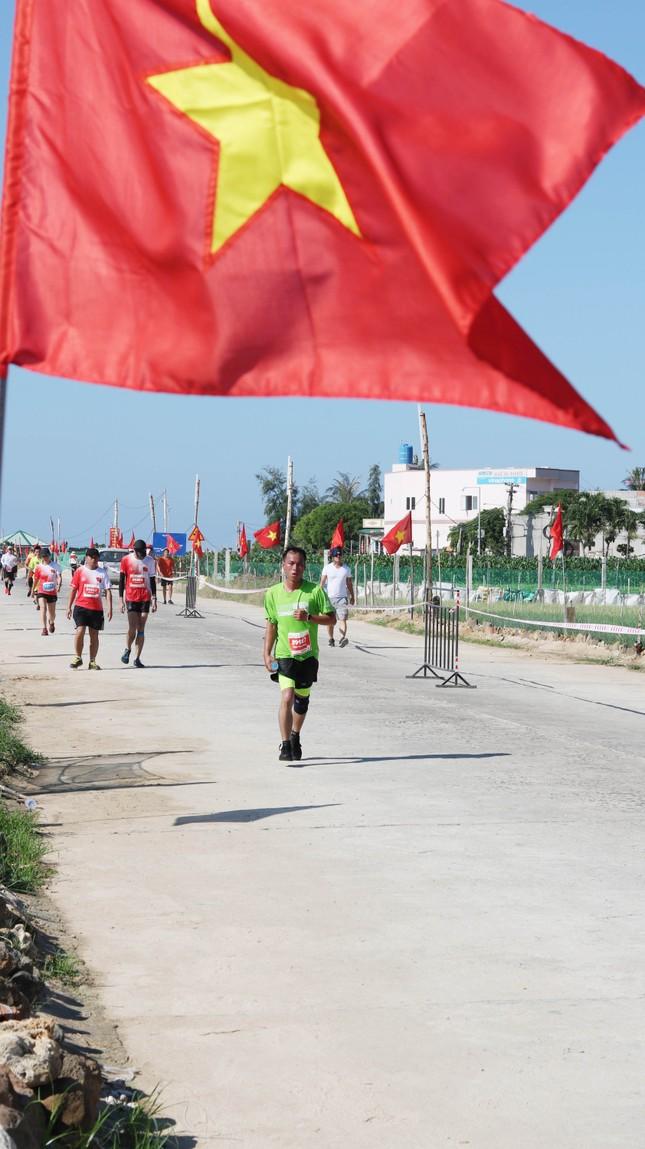 Tiền Phong Marathon 2020: Chạy dưới bóng cờ Tổ quốc ảnh 4