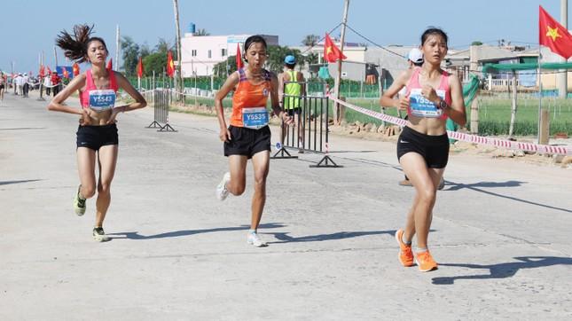 Tiền Phong Marathon 2020: Chạy dưới bóng cờ Tổ quốc ảnh 11